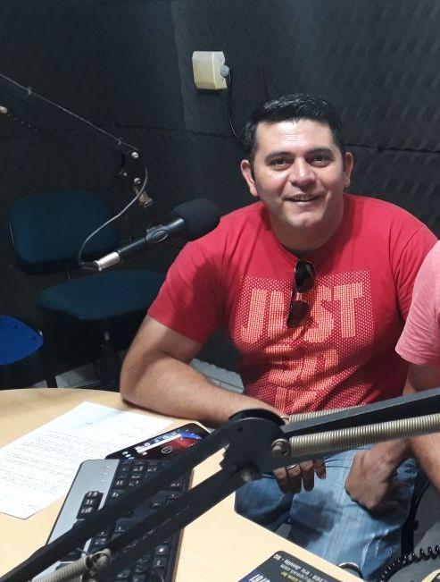 Marcelo Santos .